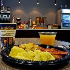 Hammondsport Hotel Breakfast